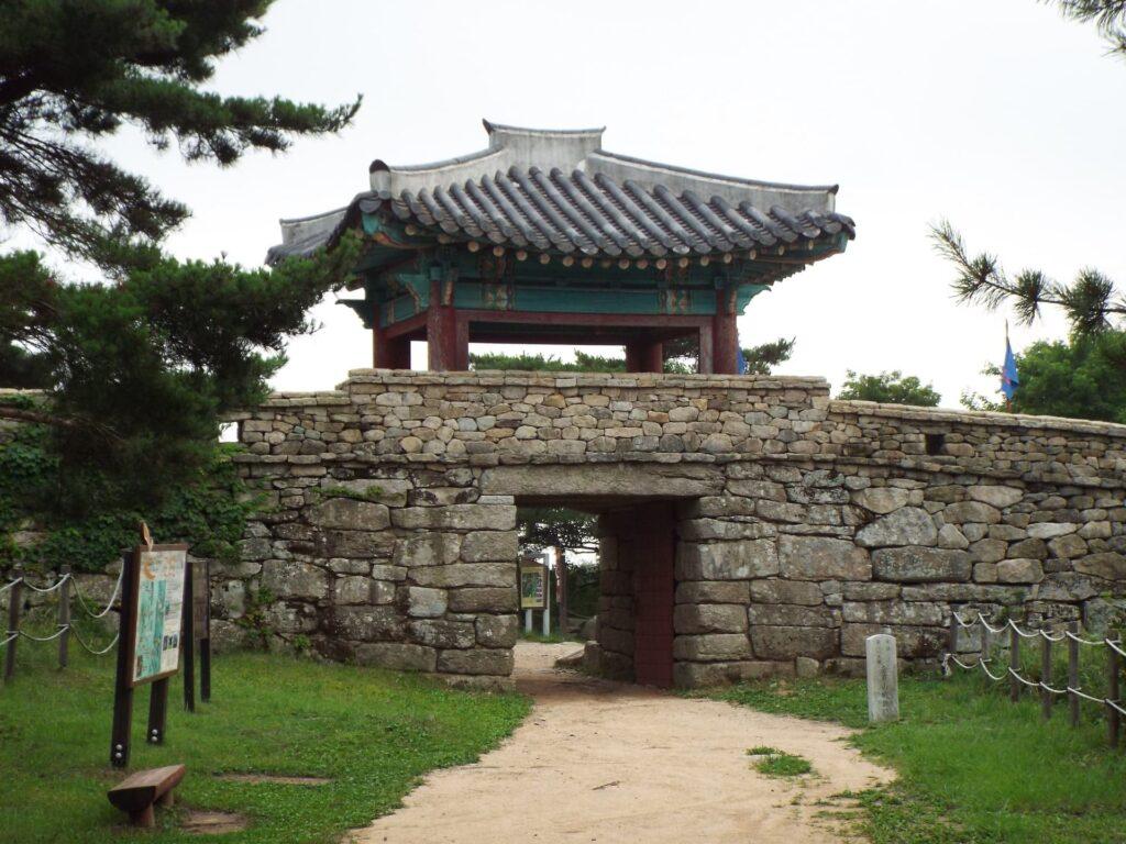 Geumjeongsanseong Porte Nord