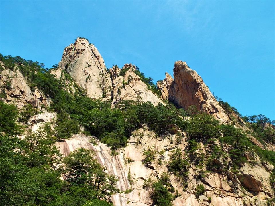 Sokcho – Seoraksan : Les rochers de Biseondae