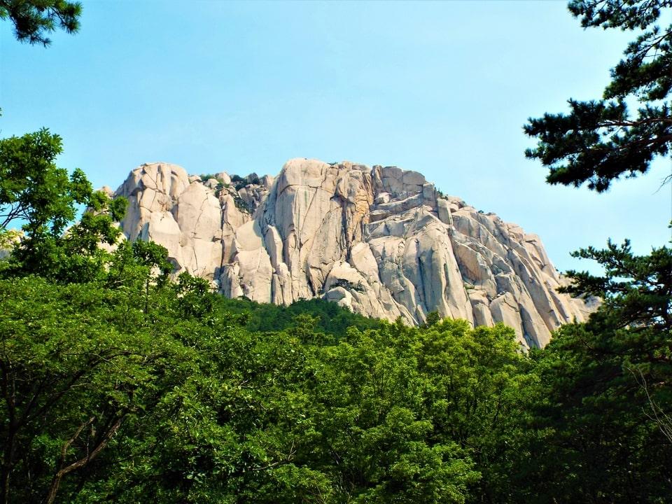 Sokcho – Seoraksan : Les rochers d'Ulsanbawi